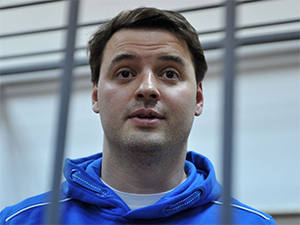 Бывший замначальника ГУЭБиПК МВД Борис Колесников совершил самоубийство выпрыгнулв с 6 этажа