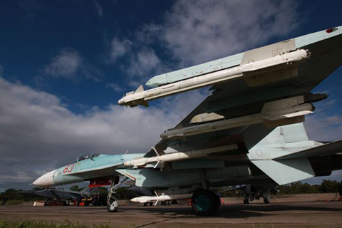 Истребитель Су-27 во время учений системы материально-технического обеспечения Восточного военного округа