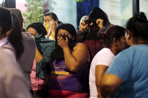 Родственники заключенных ждут новостей от администрации тюрьмы
