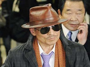 Босс мафии Кэнъити Синода