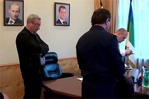 Обыск в кабинете Вячеслава Гайзера