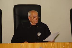 Раненому омскому судье приписывают убийство подсудимого Берга