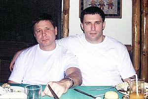 Слева: криминальный авторитет Игорь Осинцев и несостоявшийся губернатор региона Юрий Шкретов фото