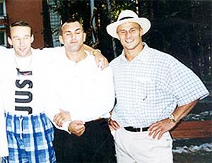 Слева направо: Александр Нестеренко (убит), Олег Иванов и Андрей Старых (осуждены на 12 и 9 лет)