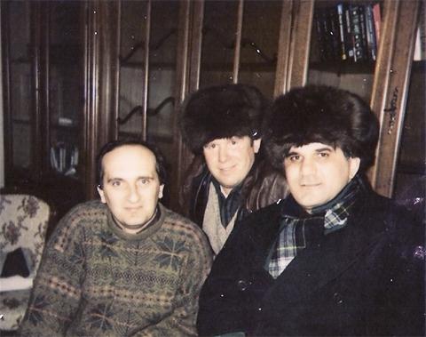 Слева воры в законе: Дато Сургутский, Толя Сапог и Мирон
