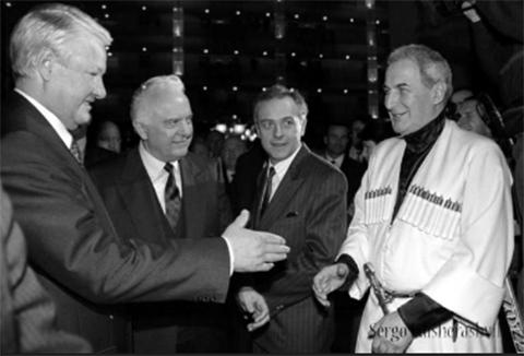 Борис Ельцин, Эдуард Шеварднадзе, Андрей Козырев и Джаба Иоселиани