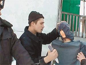 Александр Бычков во время следственных действий
