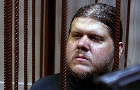 Андрей Попов - бог Кузя в зале суда