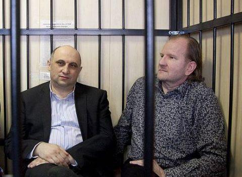 Слева: Арнольд Шалмуев, Николай Заколдаев