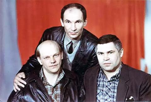 Владимир Податев и криминальные авторитеты братья Протасовы - Валерий и Владимир