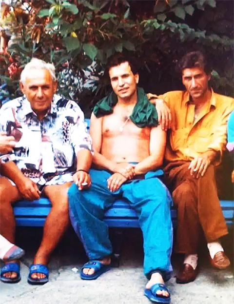 Воры в законе, слева: Рантик Сафарян, Валера Глобус и Валера Сухумский