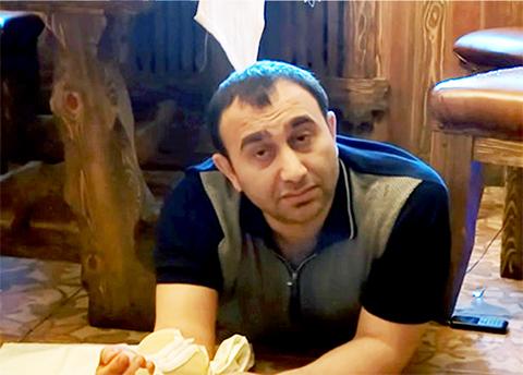 Новруз Мамедов во время задержания