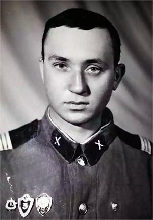 Василий Кулик во время службы в армии