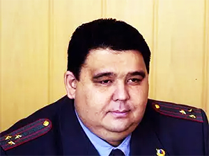 Артур Ахметханов