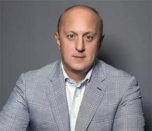 Аркадий Елизаров