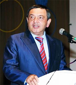 Назир Хапсироков