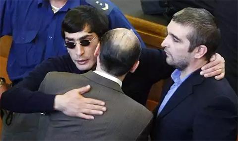 Андраник Согоян (Зап) и Гилани Алиев (Гилани Седой) на оглашении приговора в Пражском суде 18.10.2010 года