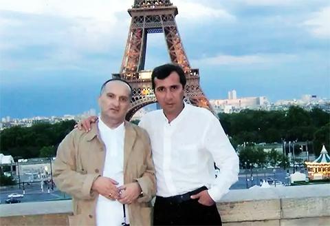Слева воры в законе: Давид Чхиквишвили (Дато Сургутский) и Мераб Джангвеладзе (Мераб Сухумский), 2006 год, Франция