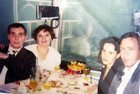 Цируль и Волк с женами в ресторане Сан-Франциско, США