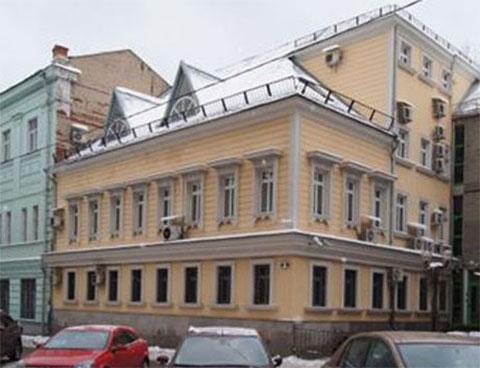 Этот старинный дом стоил бюджету округа около 491 млн рублей, а на его ремонт было потрачено 683 млн рублей