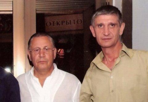 Слева воры в законе: Александр Сидоров (Филиппок), Валерий Митин (Мотыль)