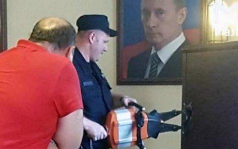 Вскрытие сейфа в процессе обыска