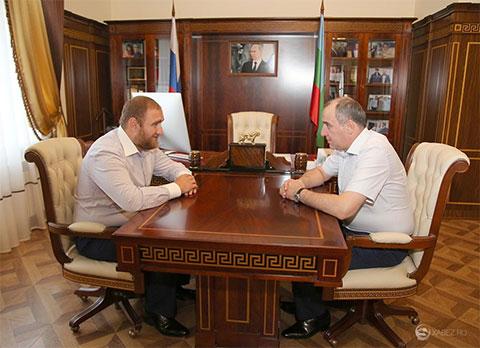 Слева: Рауф Арашуков и Рашид Темрезов