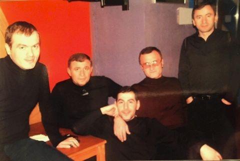 Слева воры в законе: Заза Каркалая, Малхаз Миндадзе, Рамаз Цикоридзе, Георгий Углава (Тахи) и Роин Углава (Матевич)