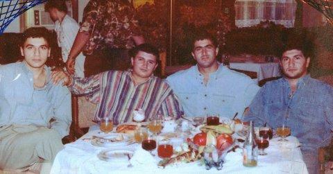 Слева воры в законе: Юська Шамхорский, Гули, Акиф Бакинец, Отар Марнеульский