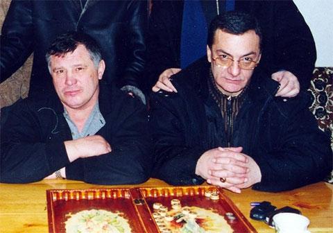 Слева воры в законе: Юрий Тишенков и Элгуджа Дигмелашвили