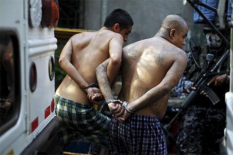 Задержание участников банды 18 улица