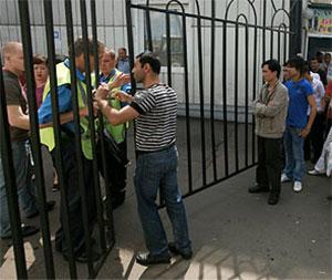 Милиционеров не пускают на Черкизовский рынок
