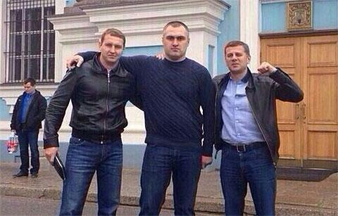 Слева воры в законе: Андрей Казаков (Чили), Давид Газзаев (Дато Осетин) и Гела Кардава