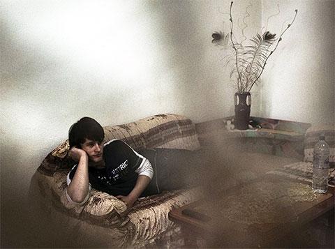 Кристиан Лули, 17 лет от роду. Его семья живет взаперти с 1995 года из-за вражды с соседями