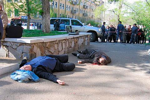 На месте убийства лидеров «ключевской» группировки Константина Ключевского и Евгения Жарова