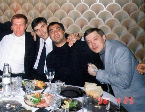 Слева воры в законе: Алексей Сухочев (Сухач), Степан Фурман (Степа Мурманский), Багаутдин Кадиев (Богдан) и Вадим Федорченко (Федора)