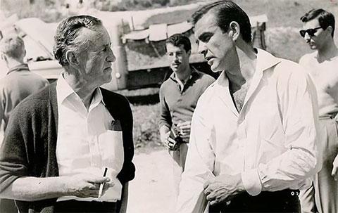 Ян Флеминг и Шон Коннери на съемочной площадке