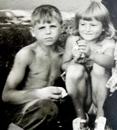 Артур и Анжелика в детстве