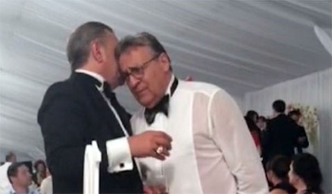 Тельман Исмаилов и Геннадий Хазанов на свадьбе сына