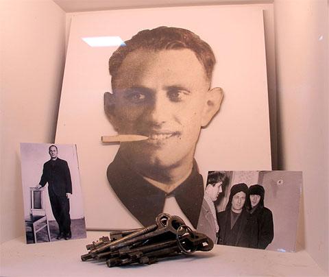Стенд в музее МУРа, посвященный Борису Венгроверу