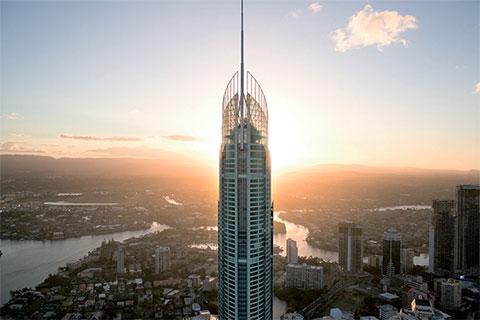 Небоскреб Q1 Tower