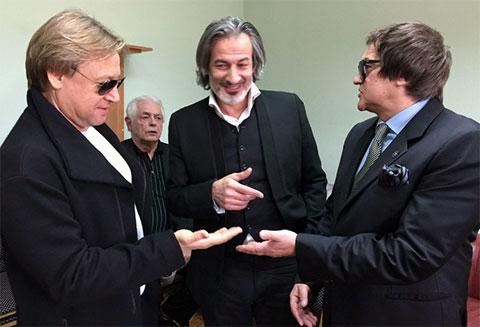 Мухтар Гусенгаджиев в компании Дмитрии Диброва и Дмитрия Харатьяна