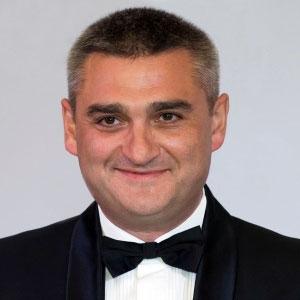 Олег Кустиков