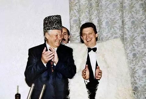 Борис Ельцин и Владимир Шумейко, 1995 год