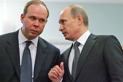 Владимир Путин и Антон Вайно