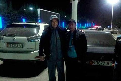 Батукаев в день освобождения из тюрьмы в аэропорту Манас (Бишкек)