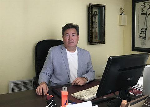 Адвокат Лбова, президент Адвокатской палаты республики Бурятия Баир Ильюнов