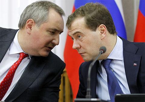 Дмитрий Медведев и Дмитрий Рогозин