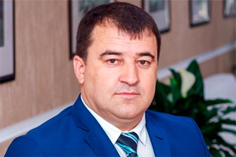Руслан Карданов написал заявление на сенатора Арашукова