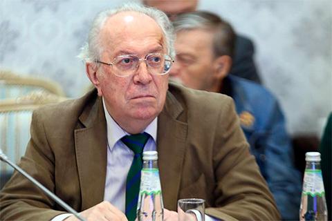 Виктор Данилов-Данильян